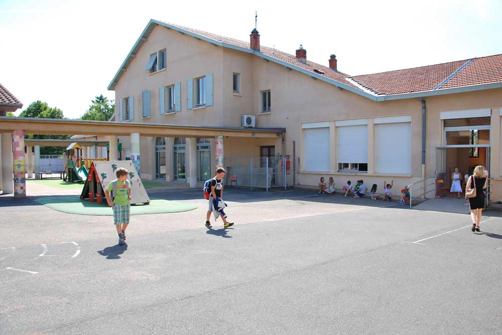 Ecole, Curis-au-Mont-d'Or
