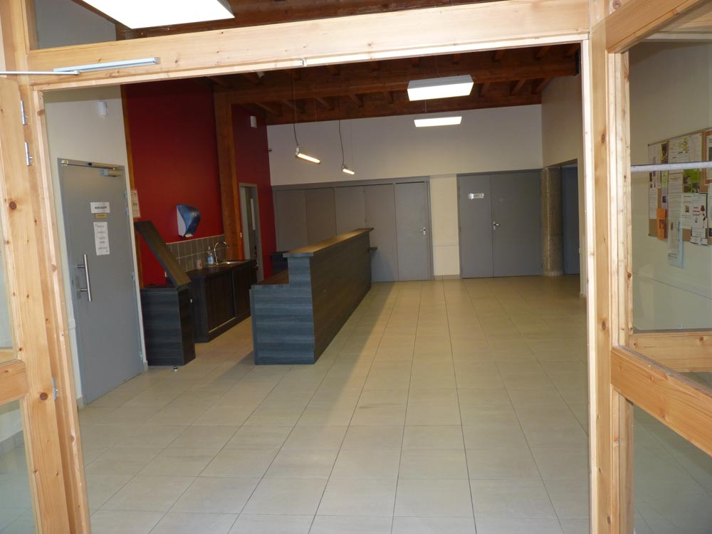 Salle du Vallon, entrée et bar